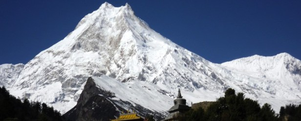 Manaslu-Circuit-Tea-House-Trek.jpg
